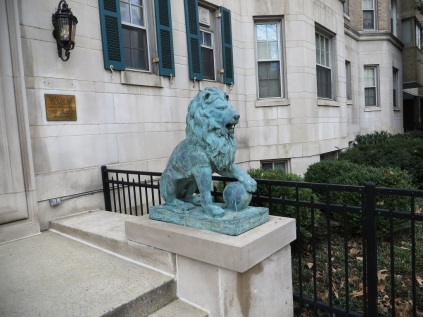 A lion along Connecticut Avenue